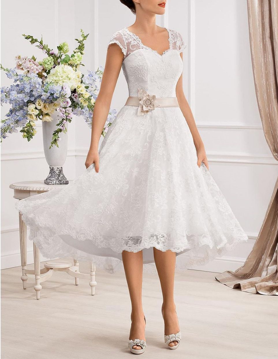 Size 6 wedding dress  Stock New WhiteIvory Lace Short Wedding Dress Bridal Gown Size