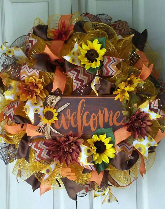 Check out this item in my Etsy shop https://www.etsy.com/listing/531988064/fall-decor-fall-wreath-scarecrow-wreath