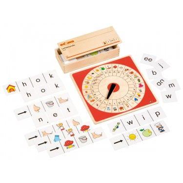 Letterrondo: spel in houten kist