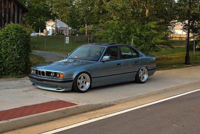 Bmw E34 5 Series Grey Slammed Bmw Bmw E34 Bmw Alpina