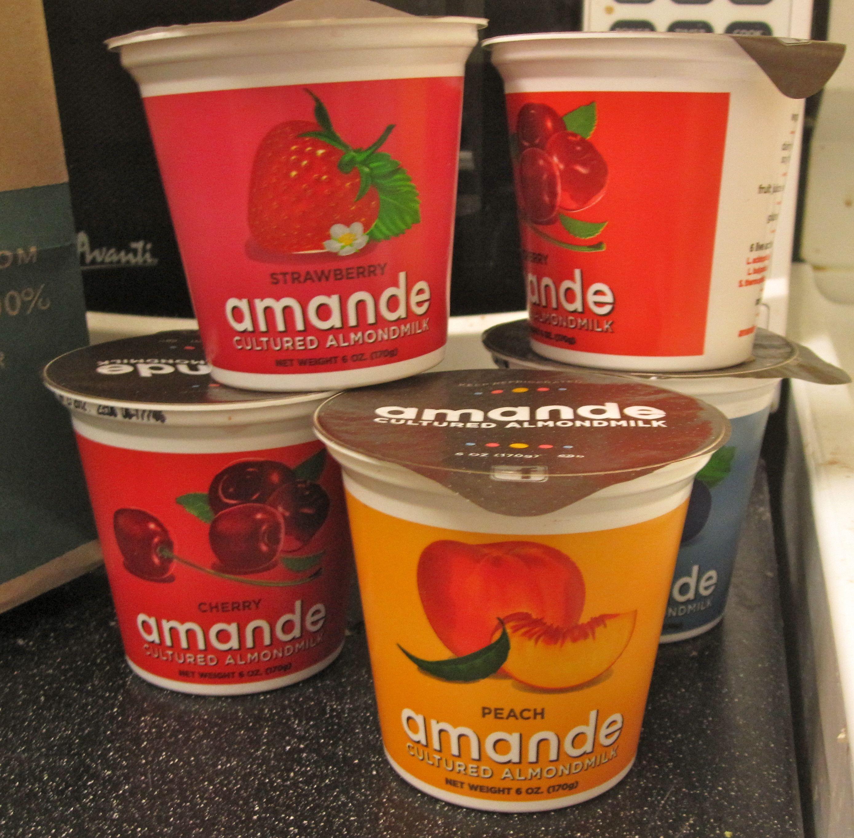 almond milk yogurt (this is my favorite brand so far!!) so good!