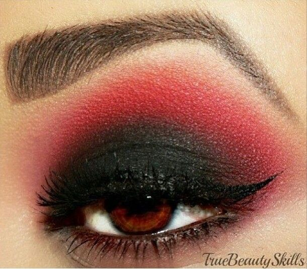 Black and Red eyeshadow