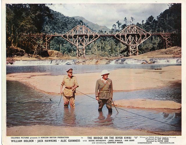 "Alec Guinness y Sessue Hayakawa en ""El puente sobre el río Kwai"" (""The Bridge On The River Kwai"", 1957). Dir. David Lean."