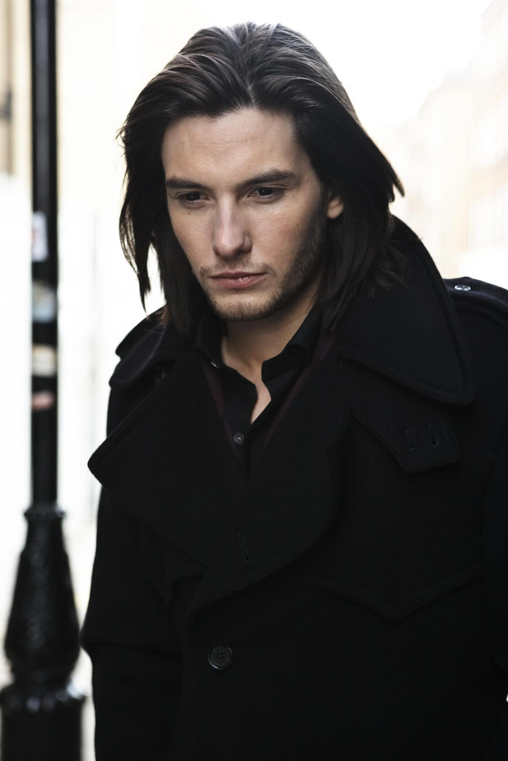 A fan Tweeted a pic of Ben Barnes as a suggestion for Akkarin. Maybe when he's a little bit older...