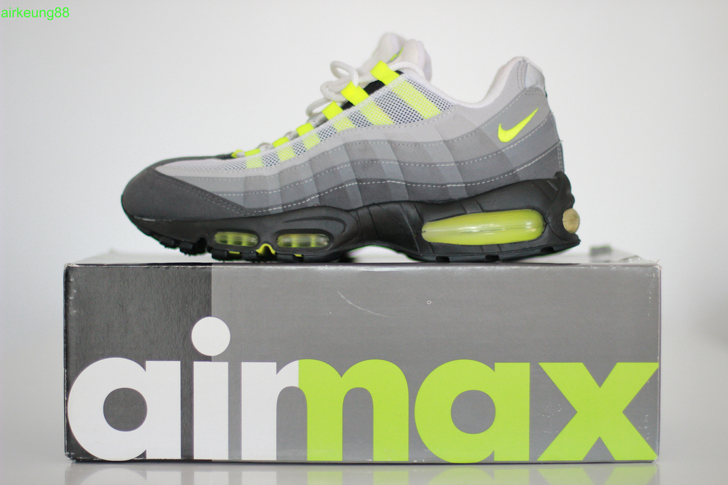 huge discount 38f90 0bd9b Nike Air Max 95  Volt