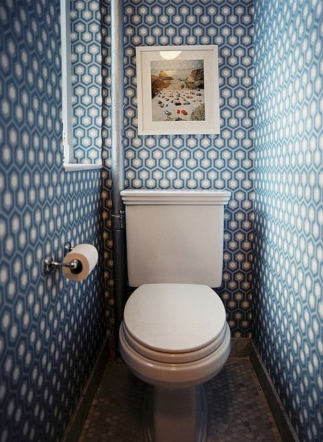 blue wall paper, christian chaize photo, wc