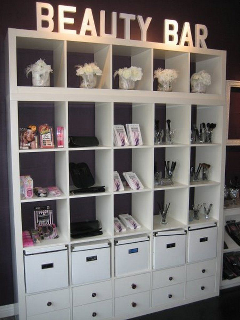 Lash studio decor ideas 15 - Creative Maxx Ideas #lashroomdecor