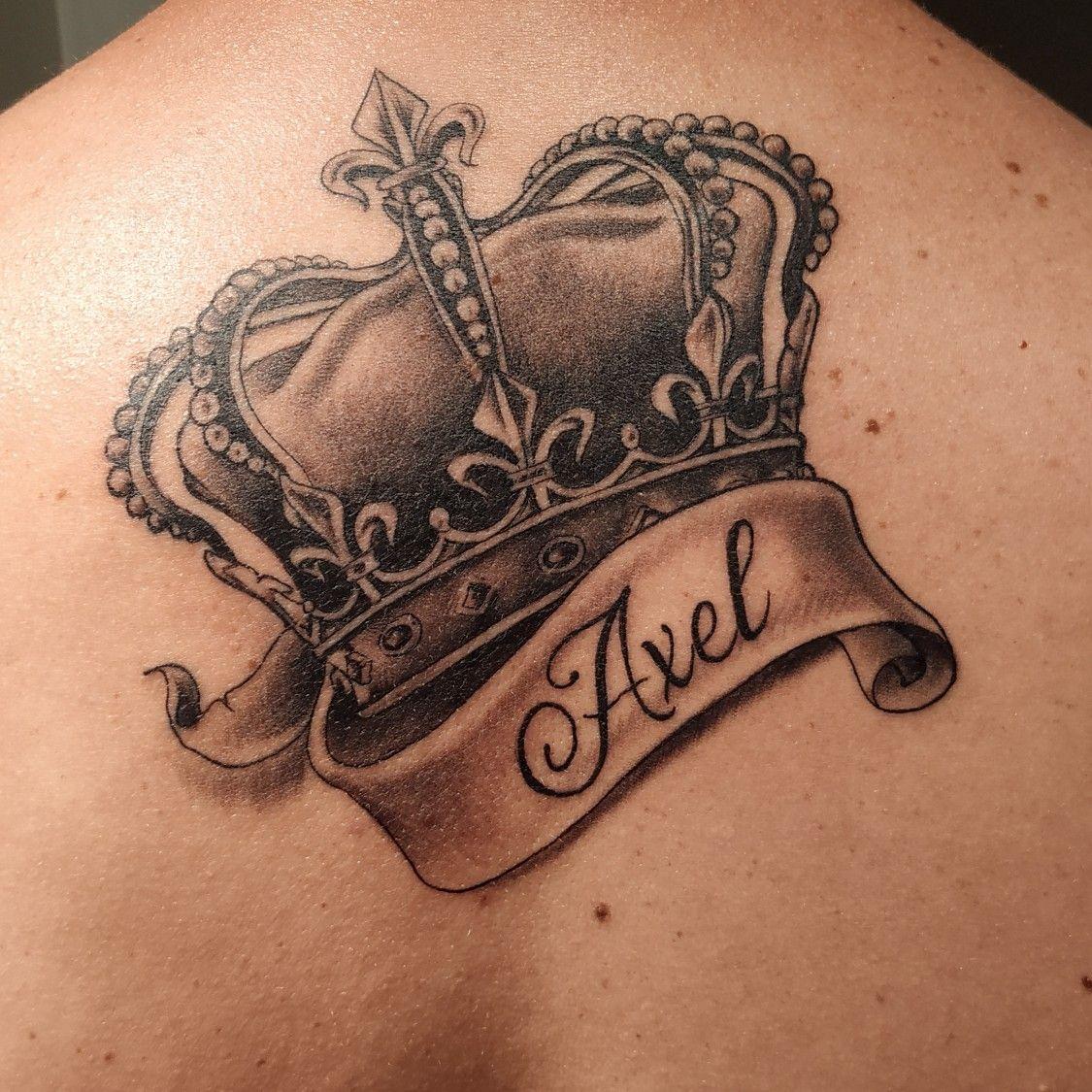 Corona Axel Tatoo De Coronas Tatuajes De Nombres Tatuaje De Corona Para Hombres