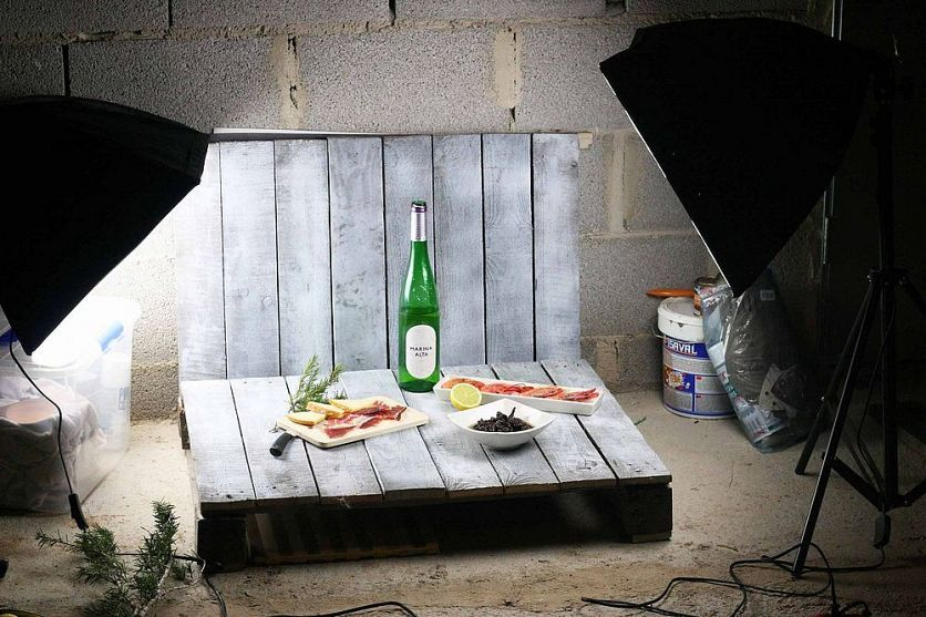 Diy mini home photo studio made from pallets photography editing