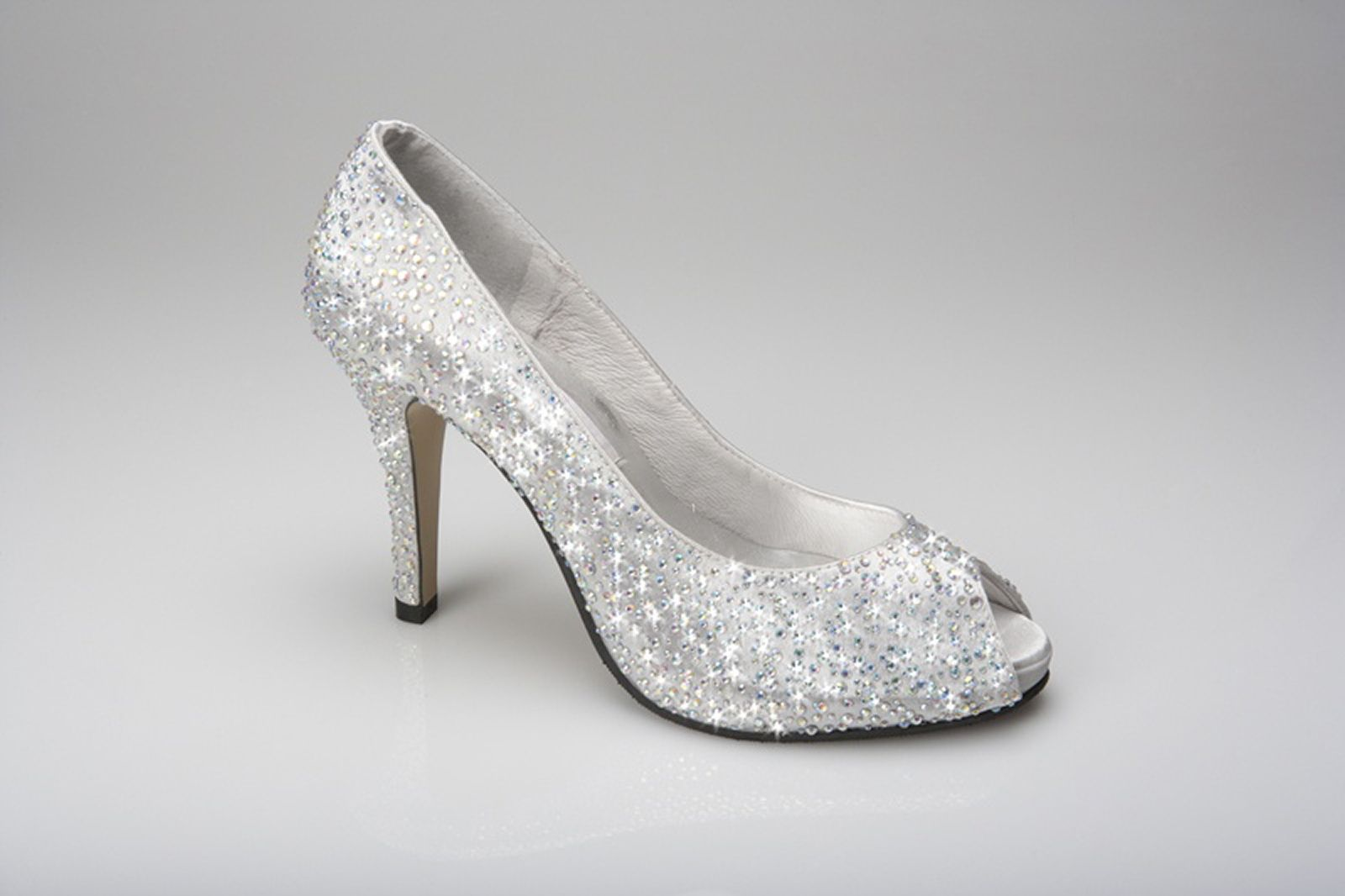 Silver Peep Toe Bridesmaid Shoes Never Out Of Style Ipunya Rhinestone Wedding Shoes Silver Wedding Shoes Silver Bridal Shoes