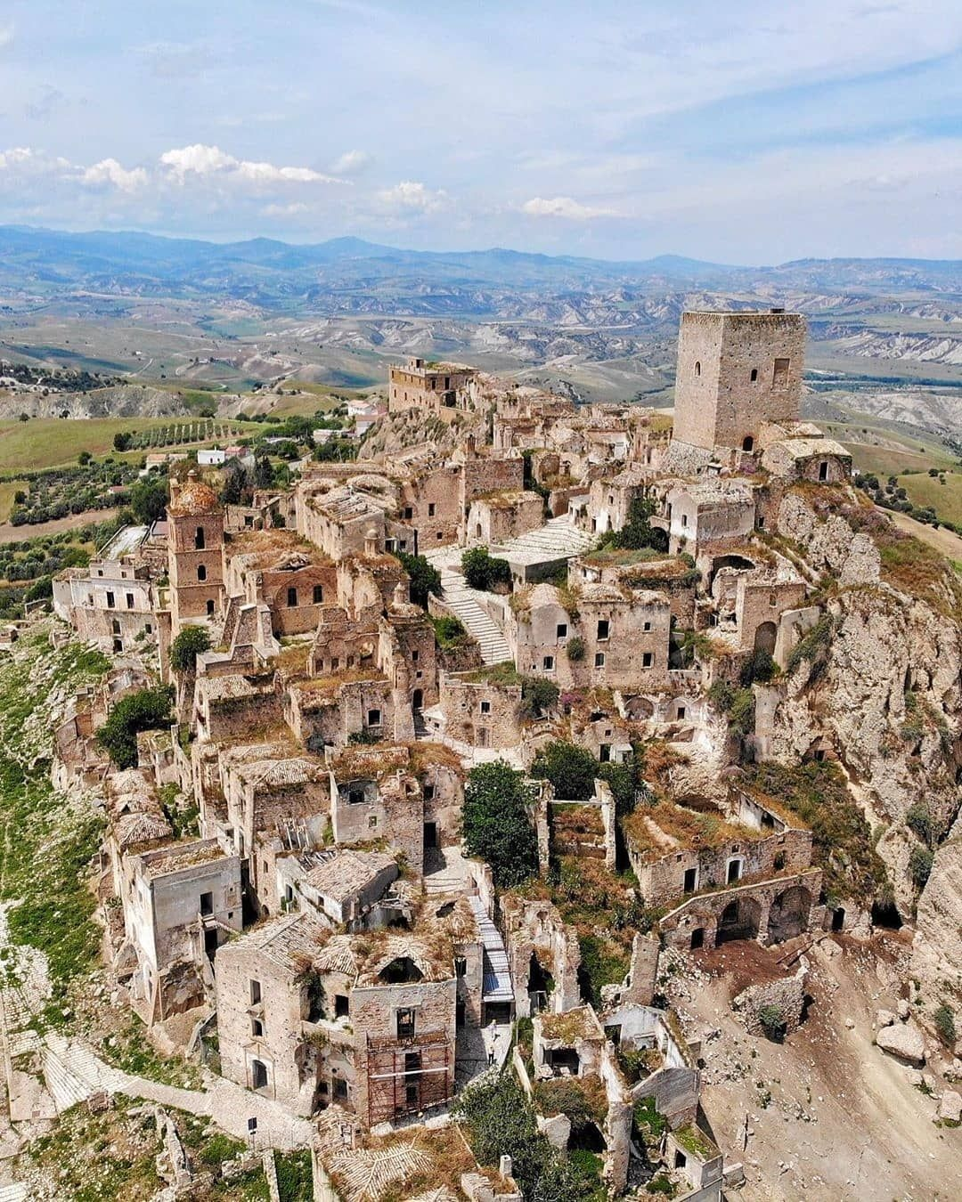Map Of Italy On Instagram Craco 1 2 Italy Congrats Giannigiusto Use Map Of Europe Map Of Italy Abandoned Places Italy Map Abandoned Hotels