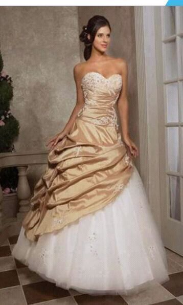 Stunning bridal gowns for hire from R800 | Queensburgh | Gumtree ...
