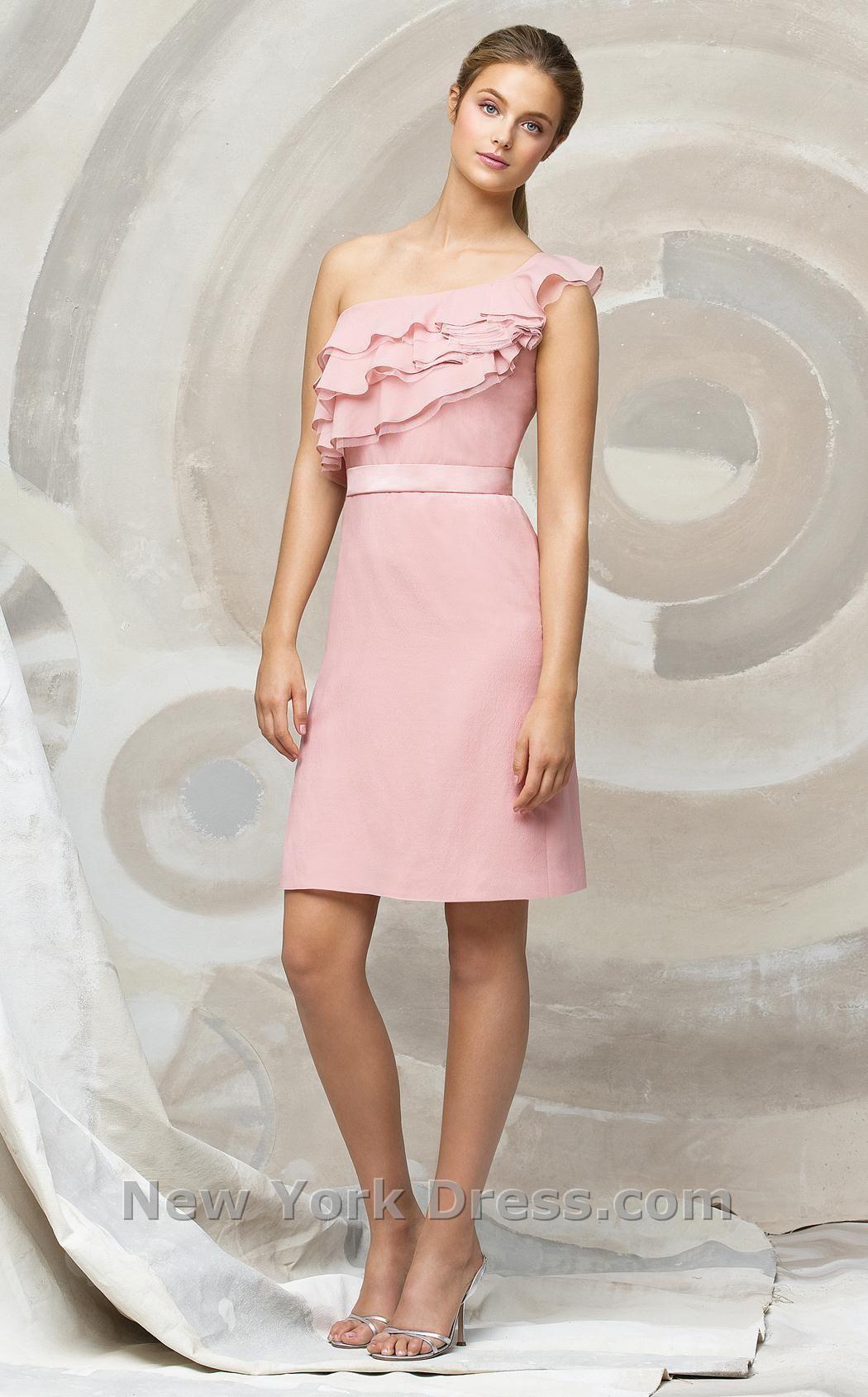 En rosa.   Styles / Fashion / Moda   Pinterest   Rosas