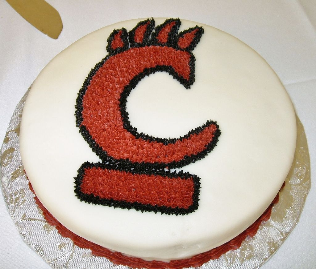 University of Cincinnati Bearcats cake Sport Themed Cakes