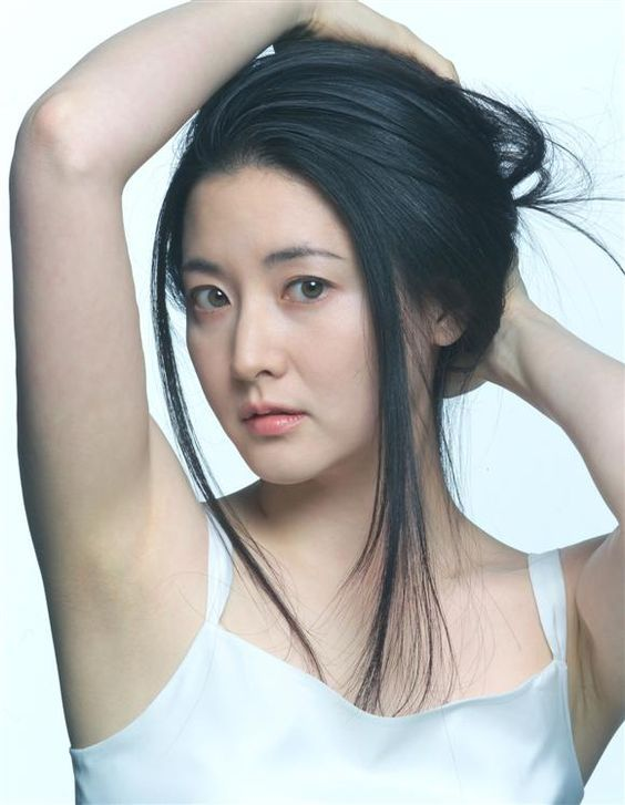 Fake nude lee young ae