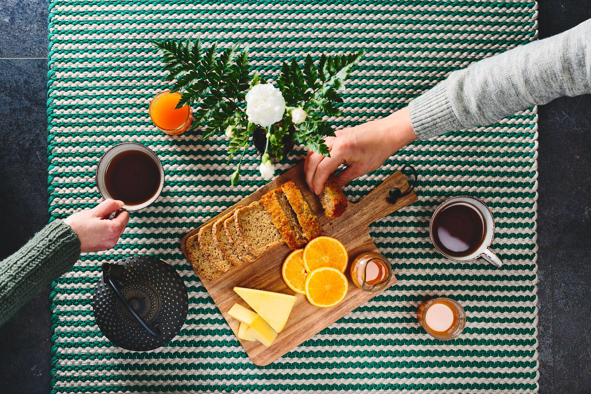 Beige-vihreä Kyyhky-matto sopii vaikka piknikille