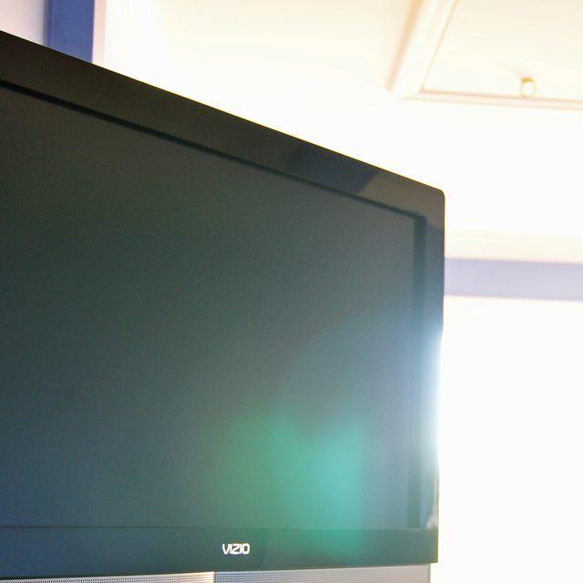 How To Clean A Vizio Flat Screen Tv Clean Flat Screen Tv Tvs Clean Tv Screen