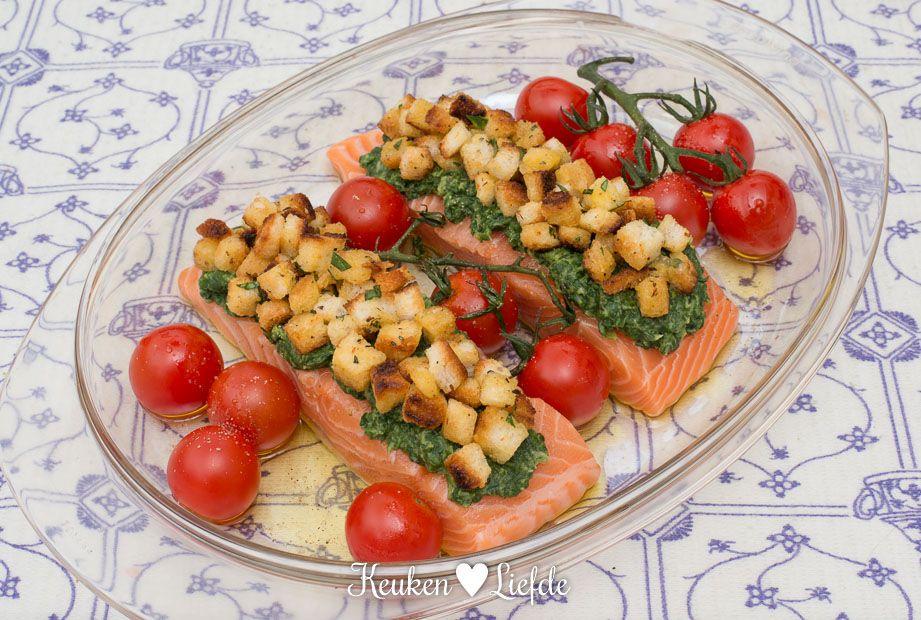 Zalm Met Spinazie En Brood Croutons Uit De Oven Keuken Liefde Croutons Voedsel Ideeen Spinazie