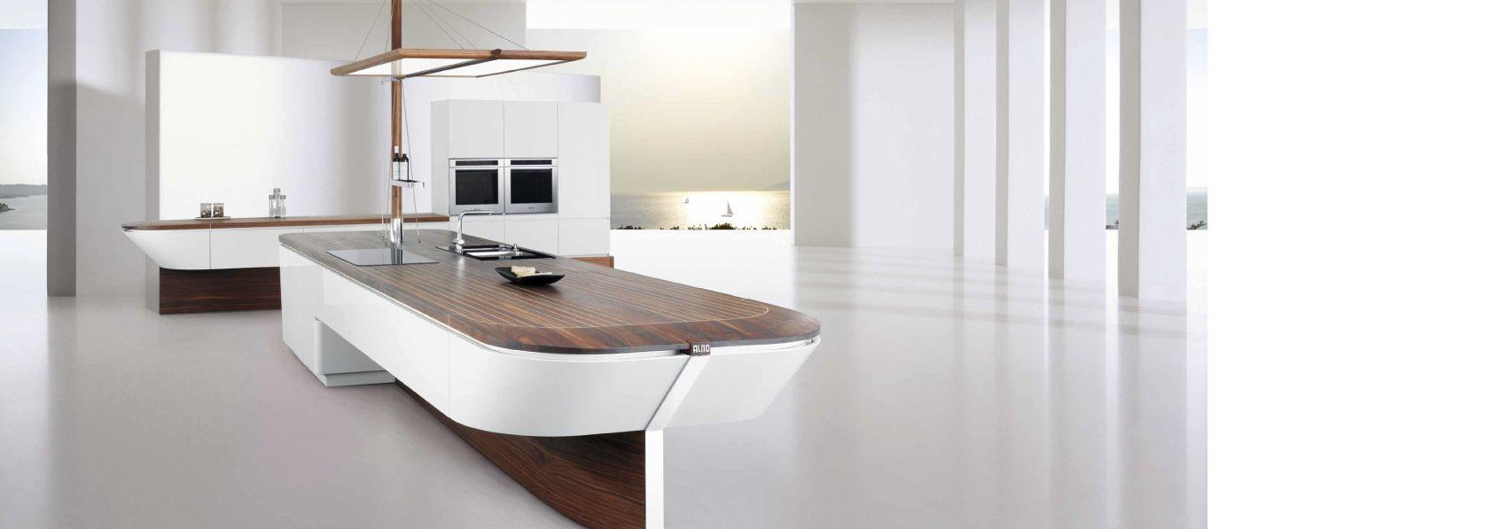Wow Was Fur Eine Moderne Designer Kuche Von Alno Uber Mobel Hoffner Moderne Weisse Kuchen Kuchenstil Moderne Kuchen Inseln