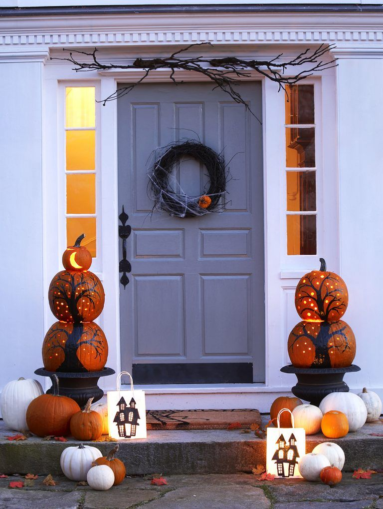 The 50 Best Pumpkin Decoration and Carving Ideas for Halloween - best decorated houses for halloween