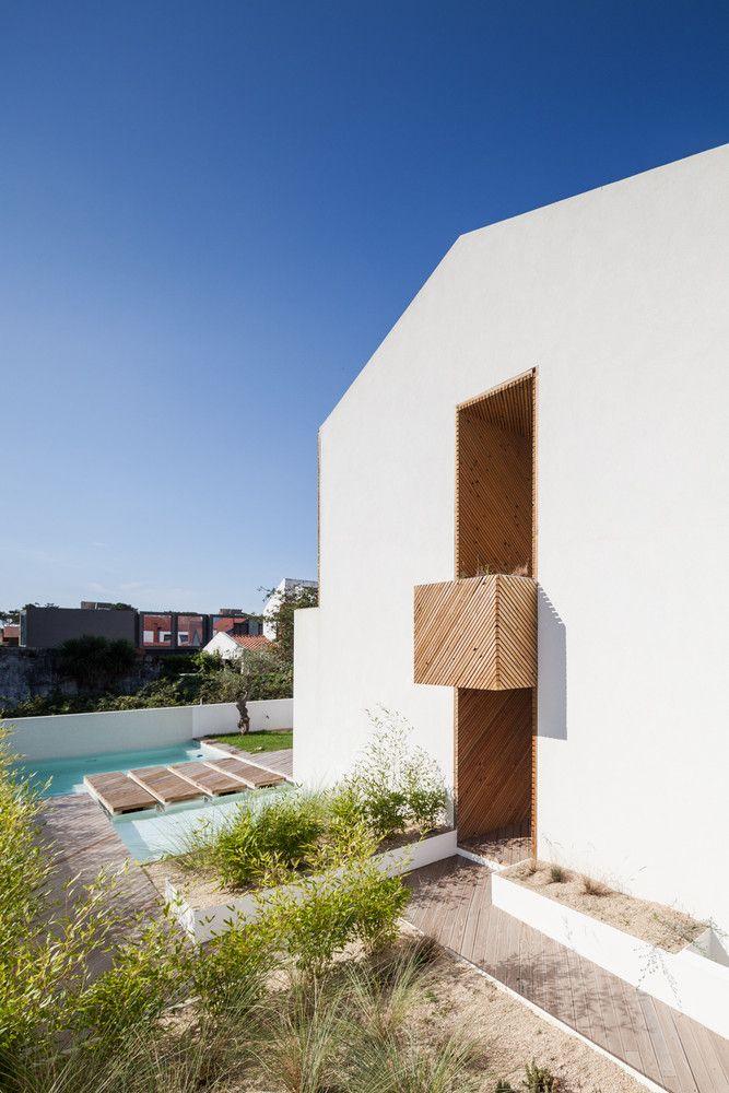 Gallery of Cork Oak House / Hugo Pereira Arquitetos - 12