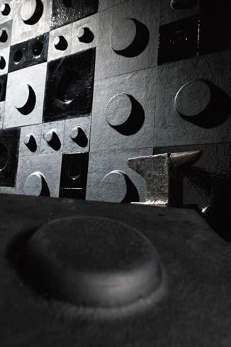Andretto © Design - Black Insideout Line - Gloss/Matt - Murano glass