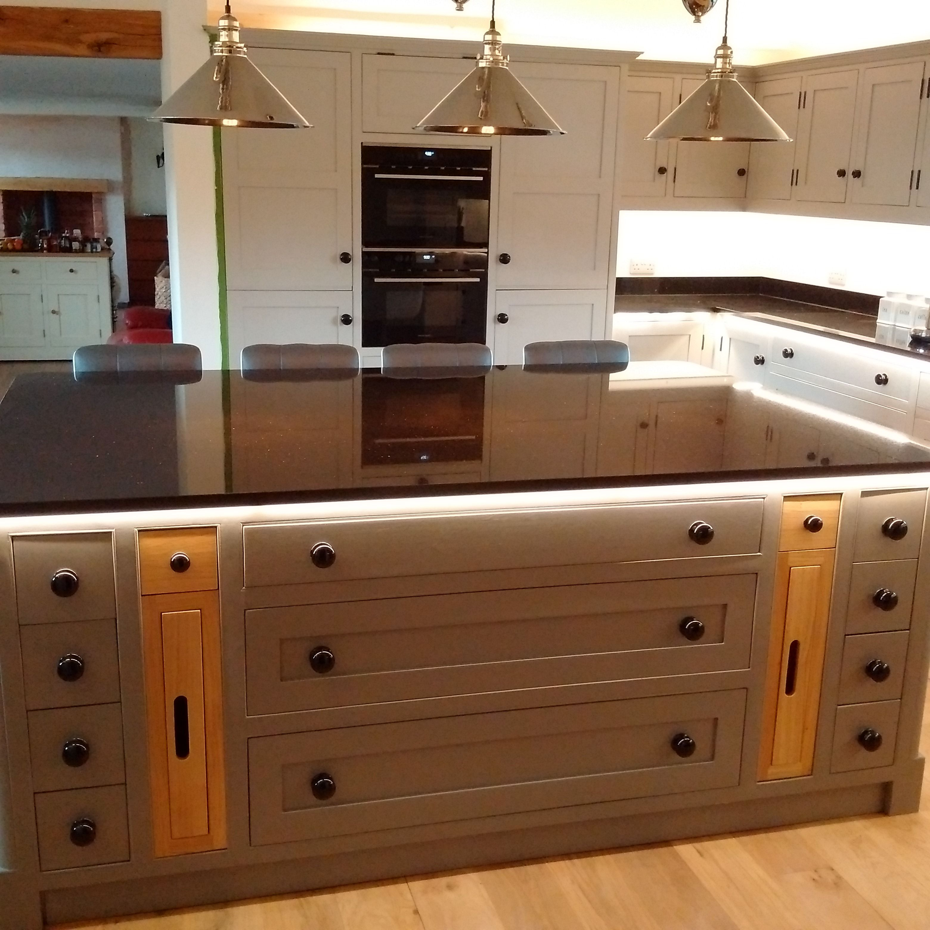 Bespoke panted kitchen from tylman of leek bespoke