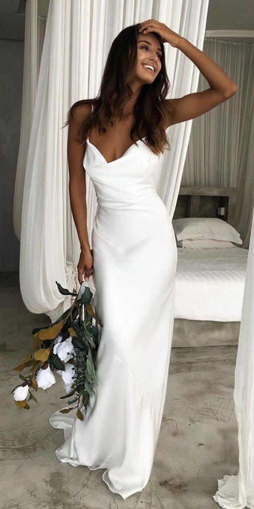 27 Super einfache Brautkleider für süße Bräute – The World