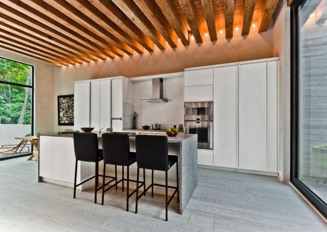 moderne deckengestaltung küche holz sparren einbauleuchten - Led Einbauleuchten Küche
