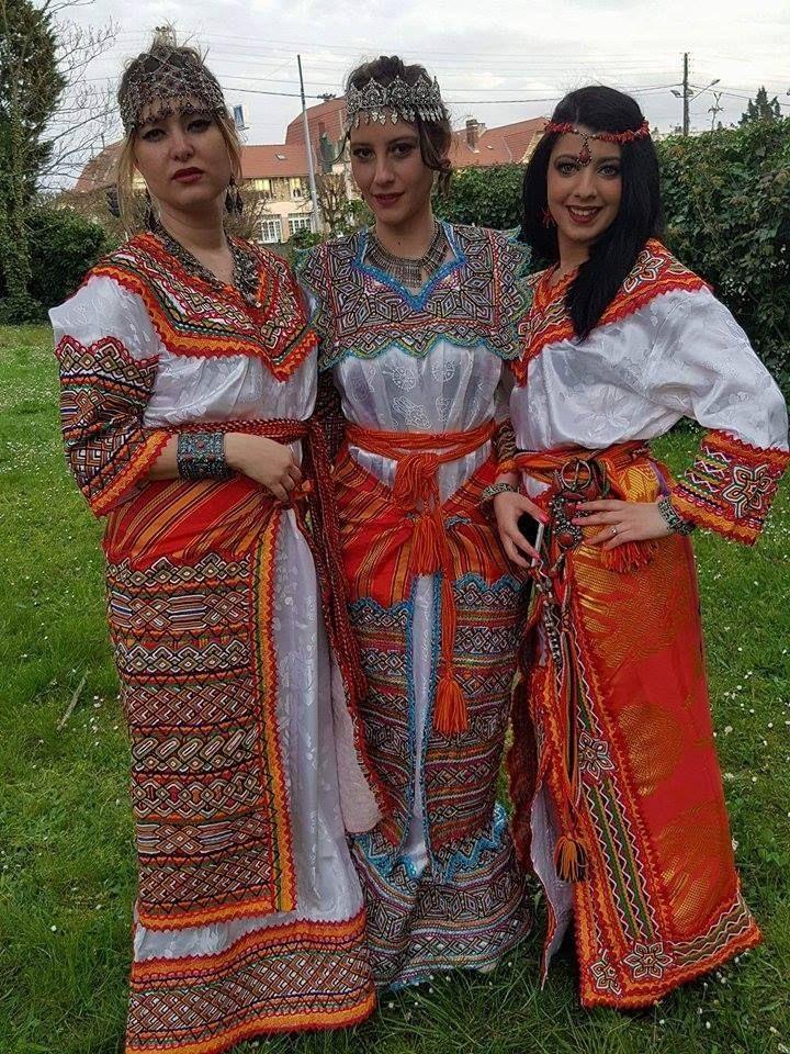 Berber Dresses Algeria Northafrica Tamazgha Algerian Clothing Traditional Outfits Wedding Wear