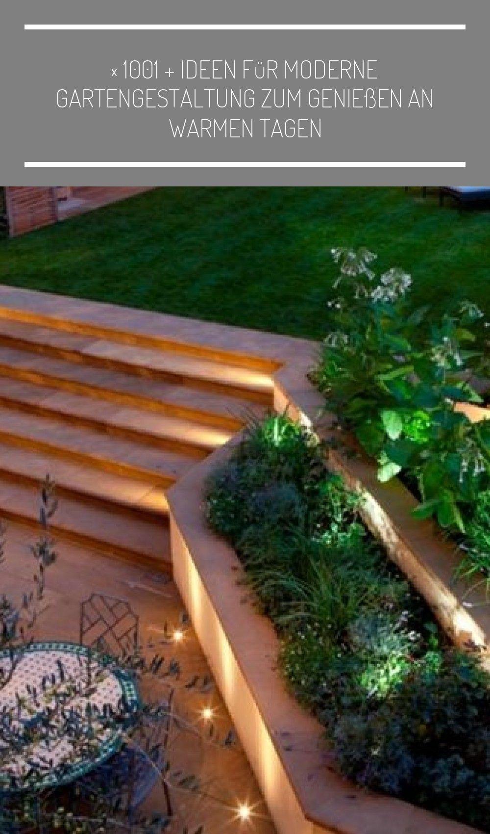 Ein Gepflegter Rasen Ein Stubchen Mit Loungemobel Zwei Liegestuhle Garten Ideen Gute Beleuchtung Garten Landschaftsbau Treppe 1001 Ideen Fur Moderne Garten En 2020