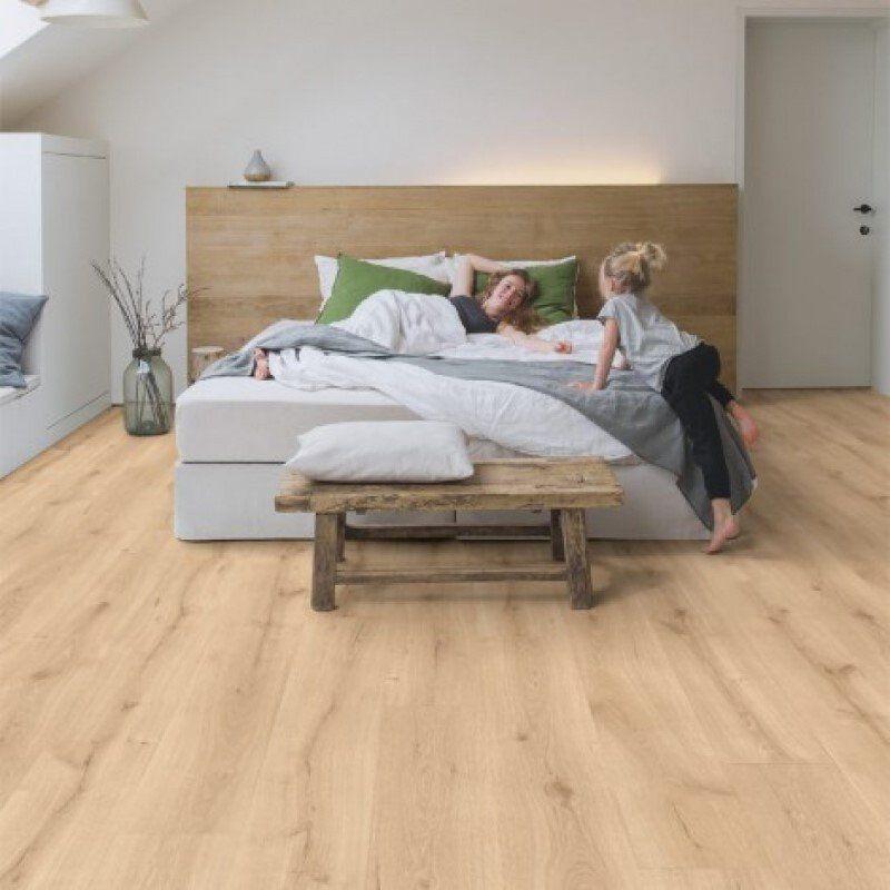 Quickstep Desert Oak Light Natural Laminate Flooring Natural Laminate Flooring Bedroom Flooring Quick Step Flooring
