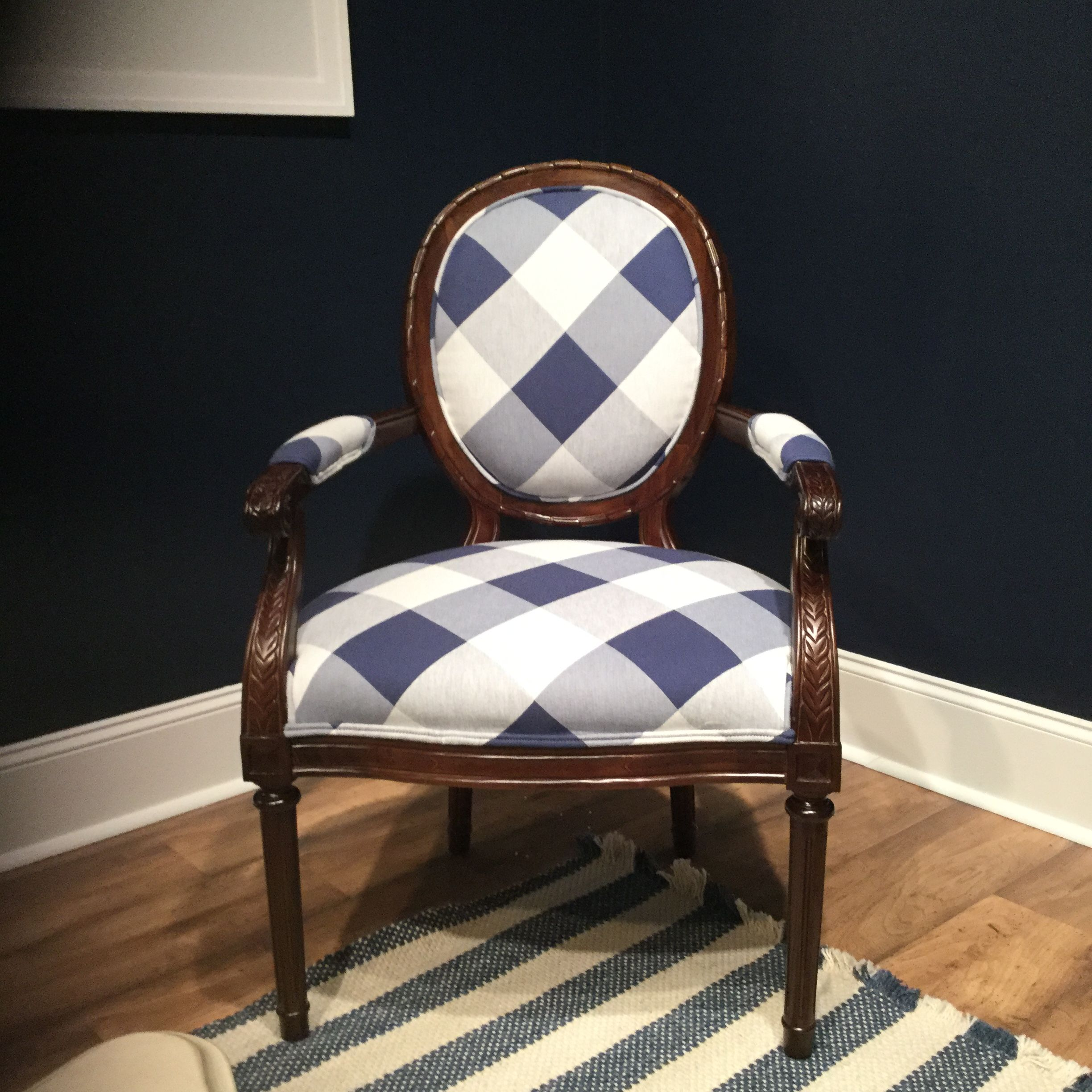 Best Crisp Blue Plaid On A Great Accent Chair Craftmaster 400 x 300