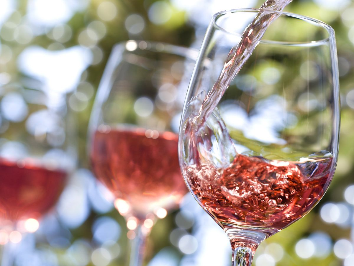 What S The Difference Between White Zinfandel And Rose With Images White Zinfandel Dry Wine Zinfandel