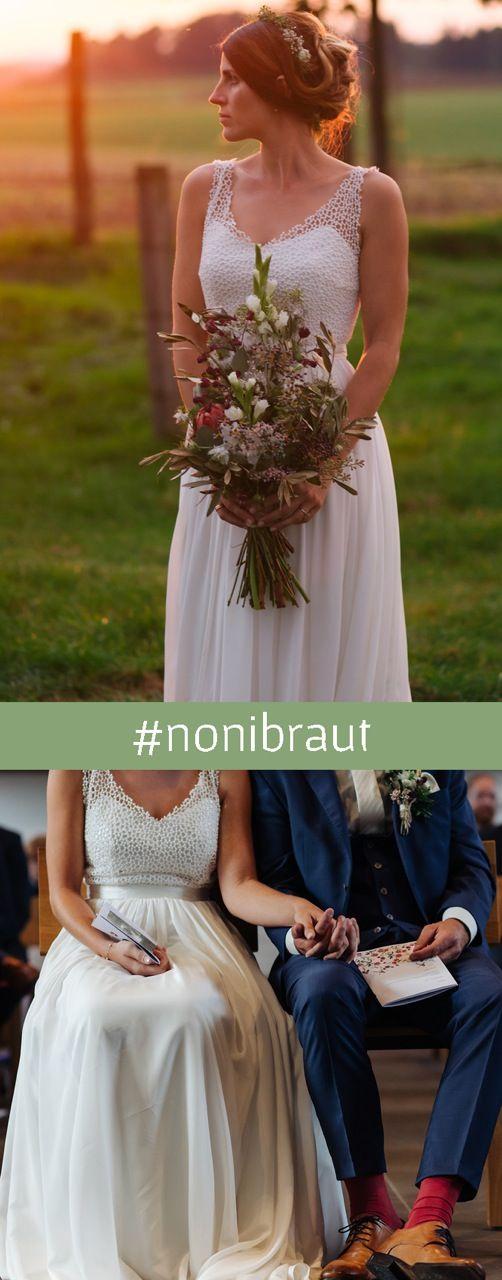 Boho Hochzeitskleid mit schlichter Spitze und tiefem ...