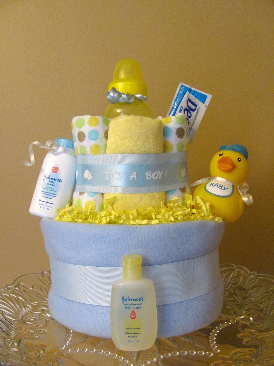 Bath time boy duck diaper cake baby shower decoration for Baby gift decoration ideas