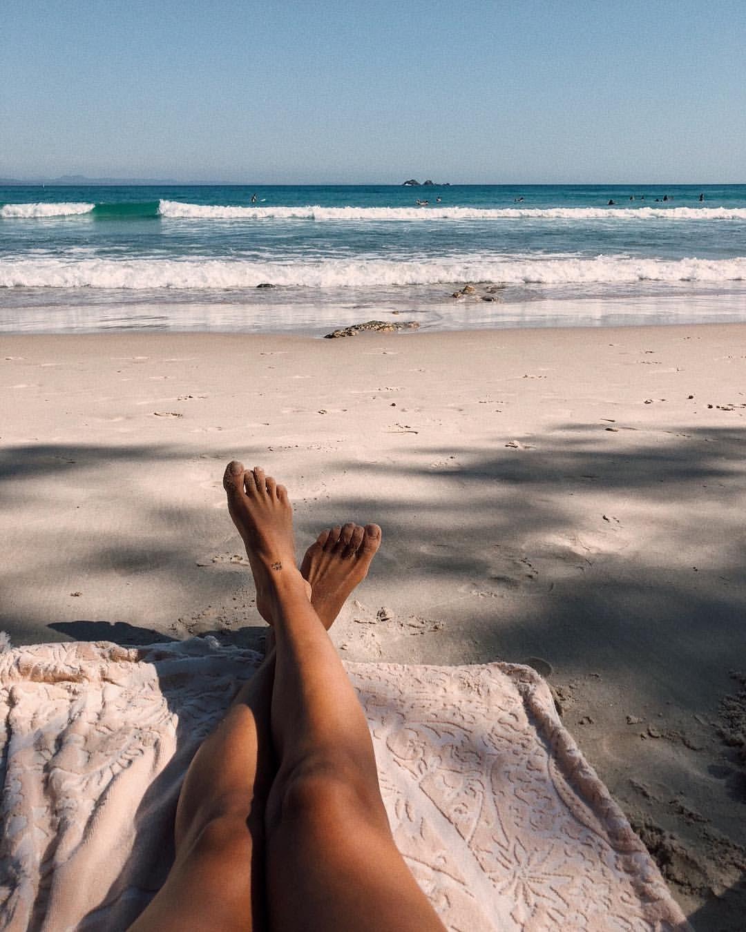 клеймовая база фото море через ноги камней этой гамме