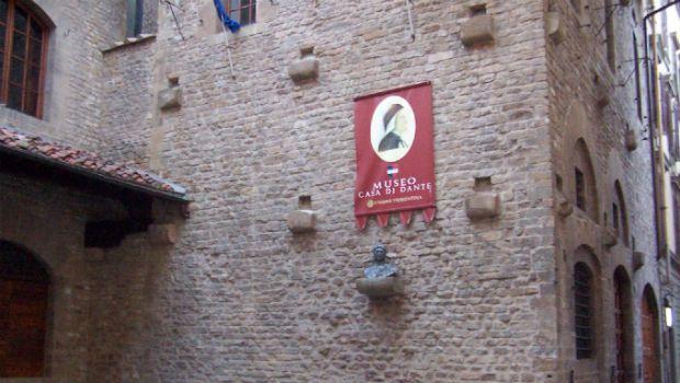 La Casa di Dante Alighieri a Firenze
