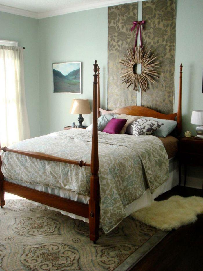cabeceros ejemplo de cabecero hecho a mano de tela estampado de rosas y una corona - Cabeceros Caseros
