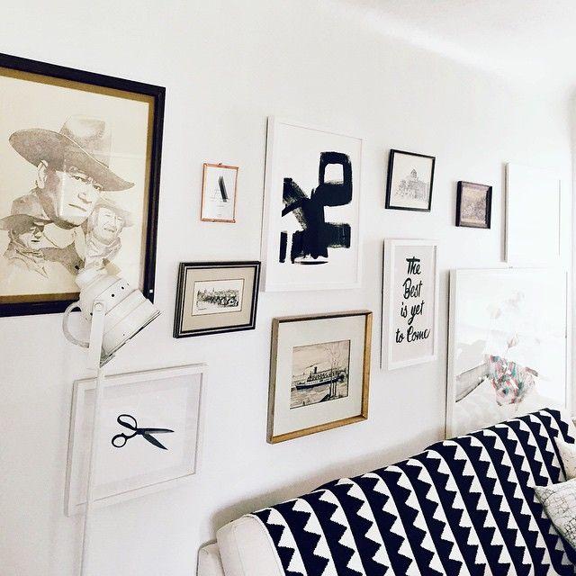 kirsten-grove-mur-galerie-mur-de-cadre-tons-neutres-noir-blanc-dore