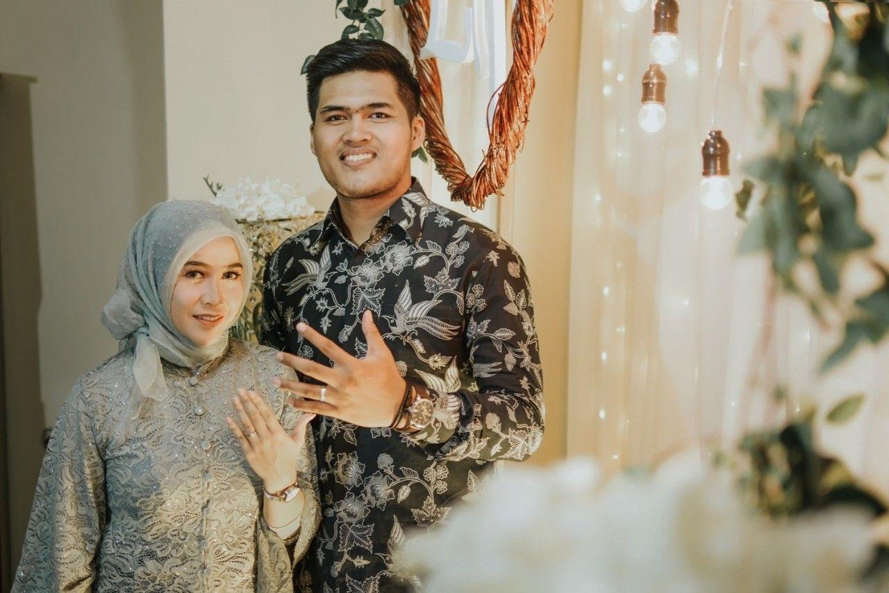 Engagement Foto Tunangan Tunangan Perkawinan
