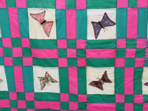 VINTAGE-MACHINE-PIECED-HAND-APPLIQUE-BUTTERFLIES-QUILT-TOP-SET-IN-PINK-AND-GREEN