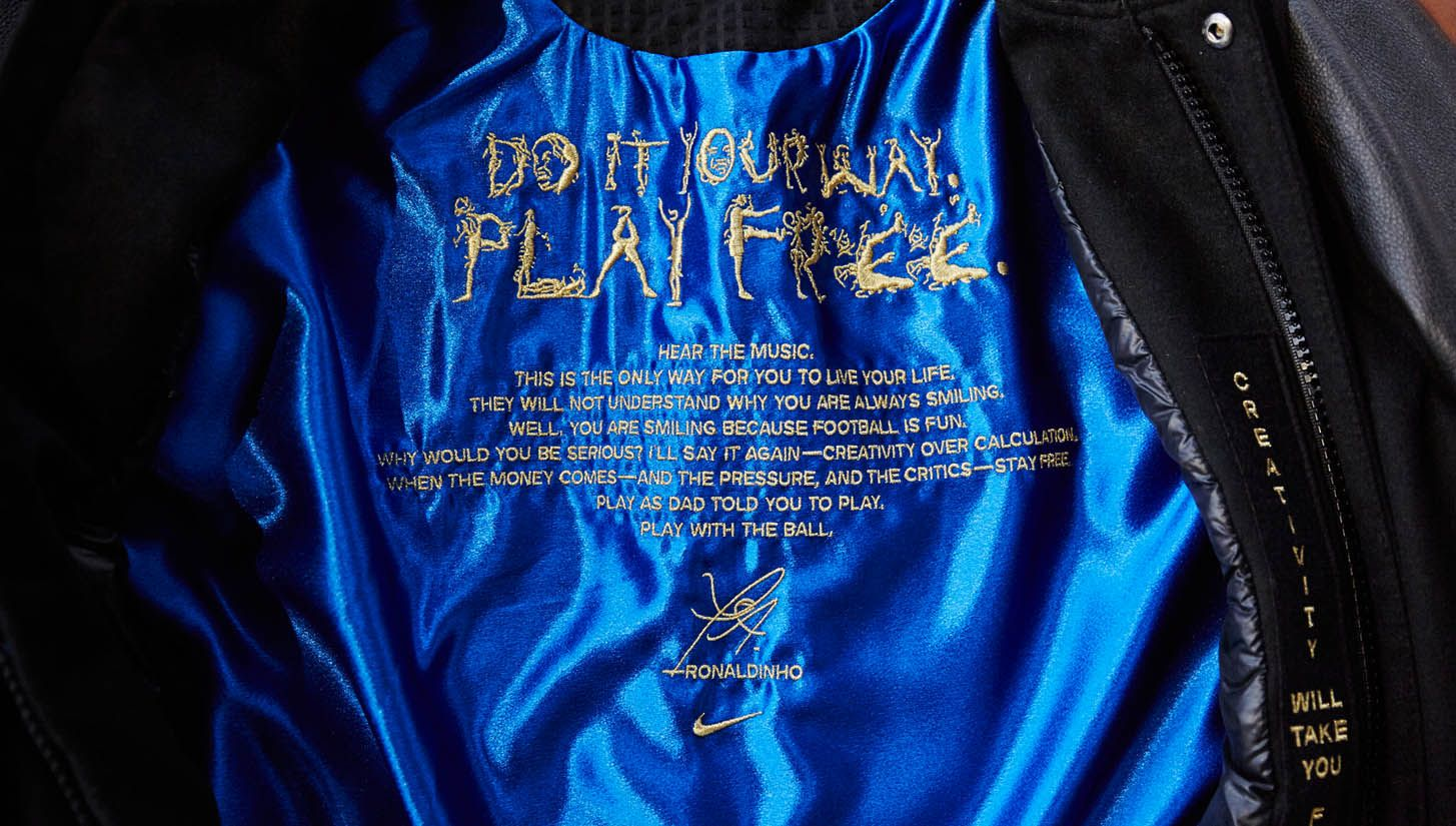 82b0c81eb2b8 Nike Create One of a Kind Destroyer Jacket and AF1 for Ronaldinho ...