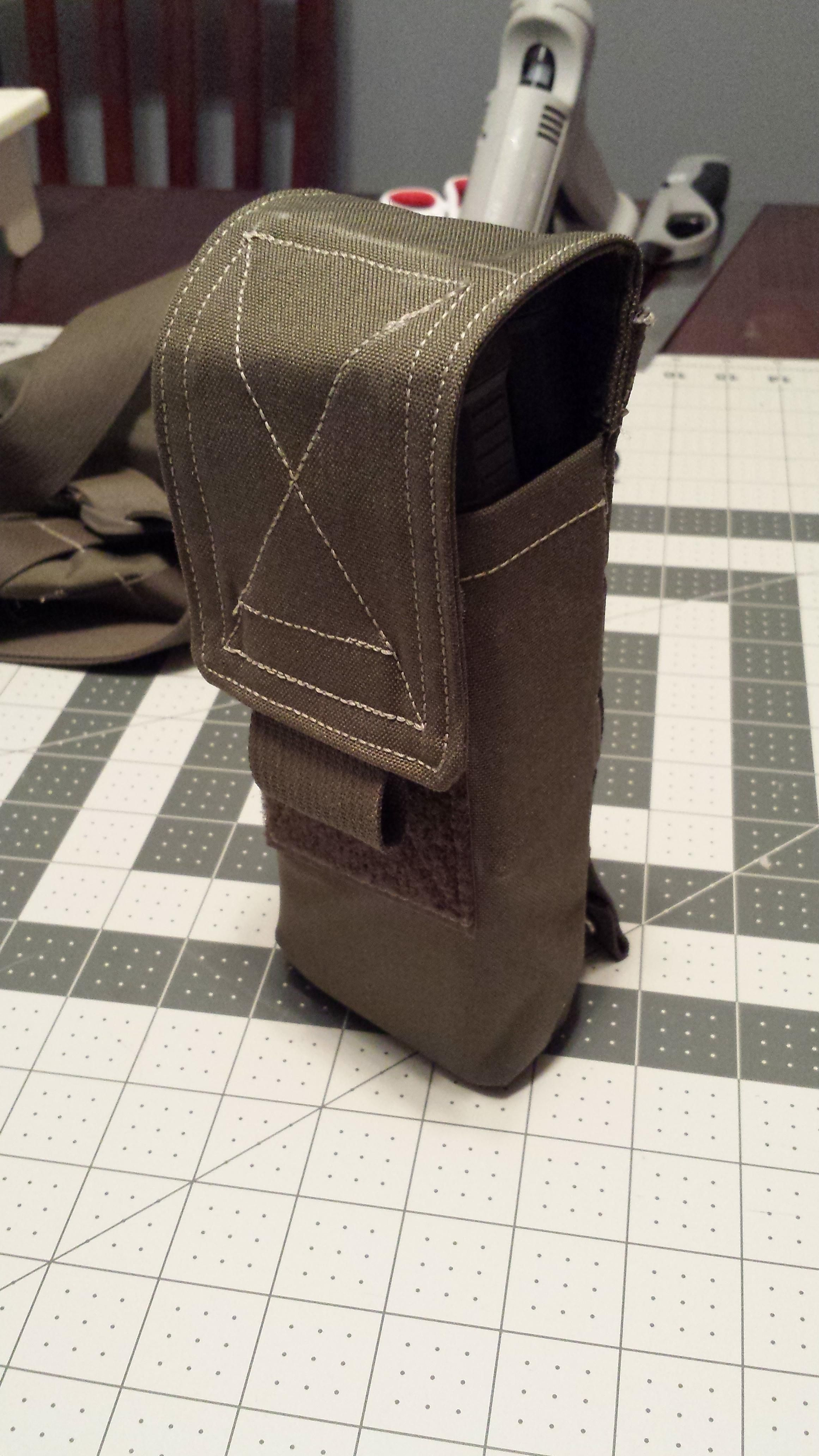 No Pattern] Ammo pouch with velcro flaps and MOLLE webbing - for no ...