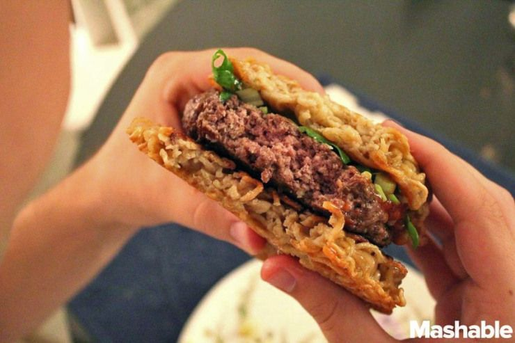 Und voila, der eigene Ramen Burger ist fertig!