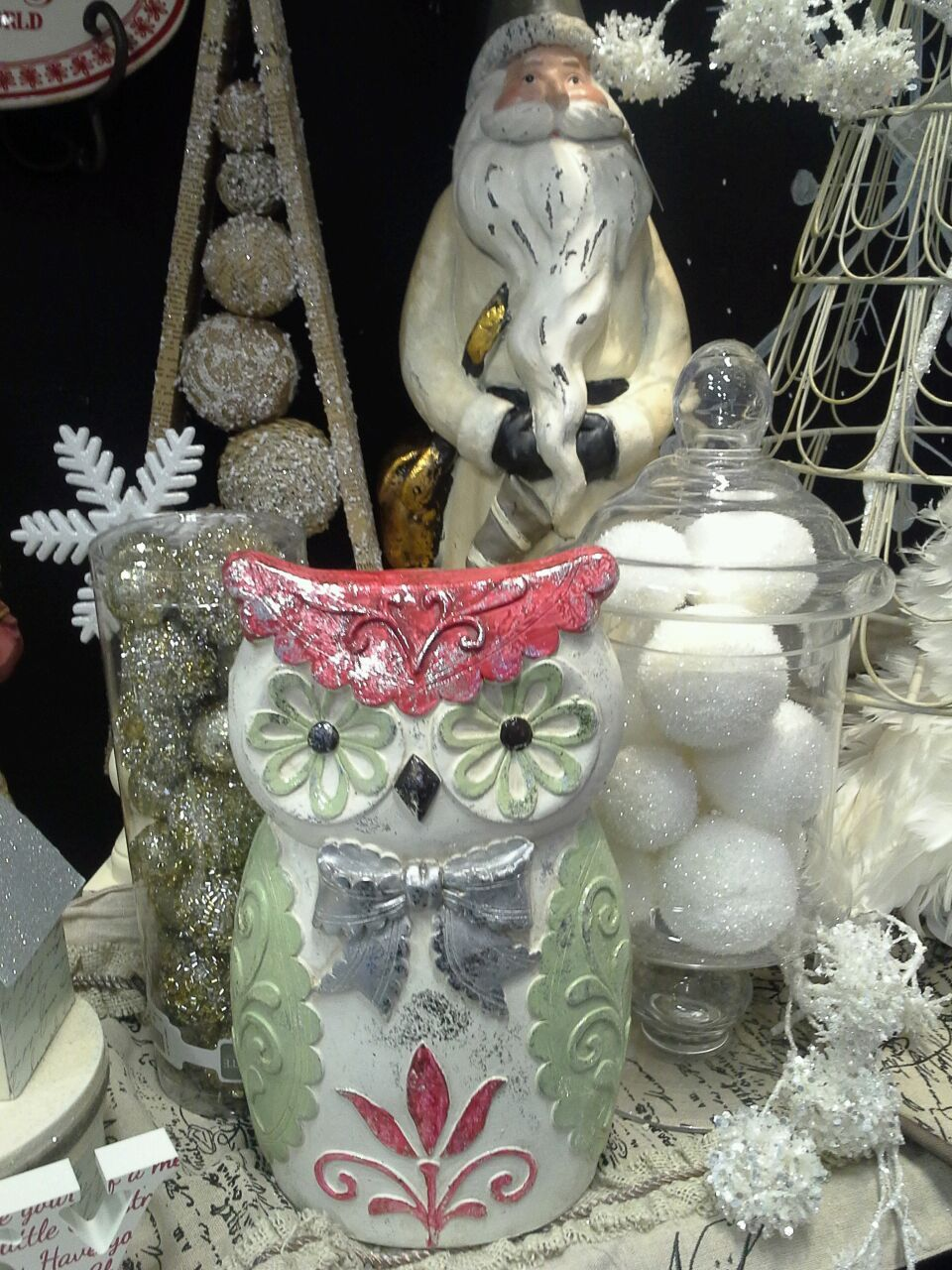 Christmas Owl, Snow Balls in Apothecary Jars Rod works - A Natural Winter Wonderland - Rodworks