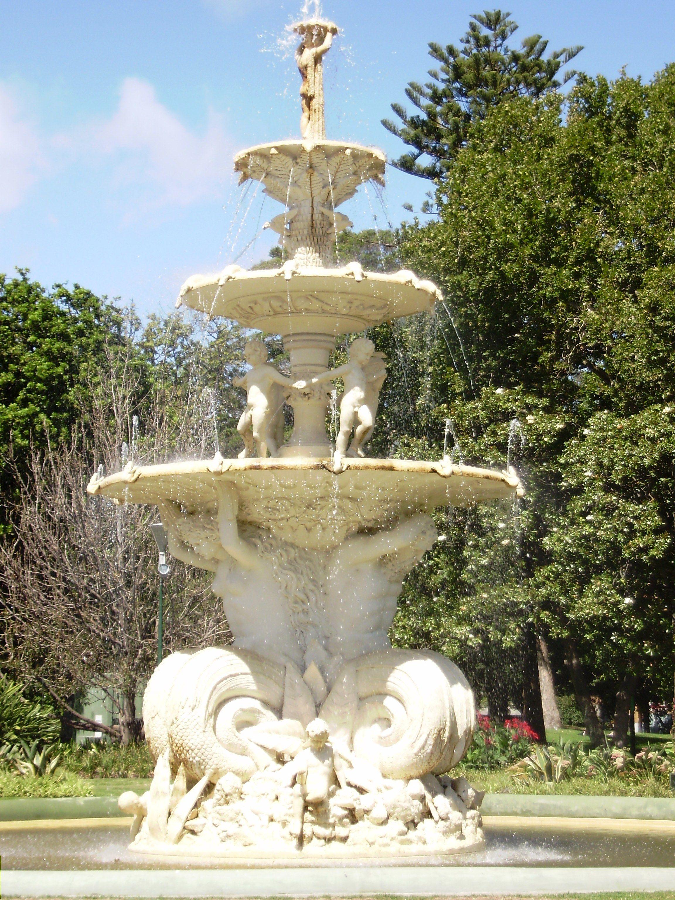 Small Garden Fountain: Backyard Water Fountains, Garden