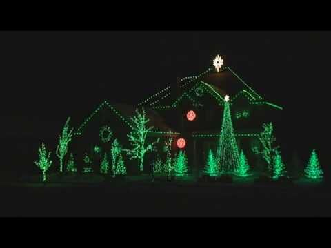 Christmas Light Show To Carol Of The Bells Great Singing Too My Favorite Version Of This Song With Images Christmas Light Show Carol Of The Bells Christmas Lights