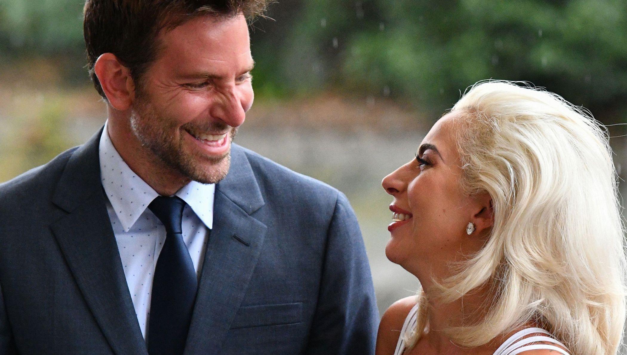 Lady Gaga Ist Sie Bei Bradley Cooper Eingezogen Lady Gaga Bradley Cooper Stars Ungeschminkt