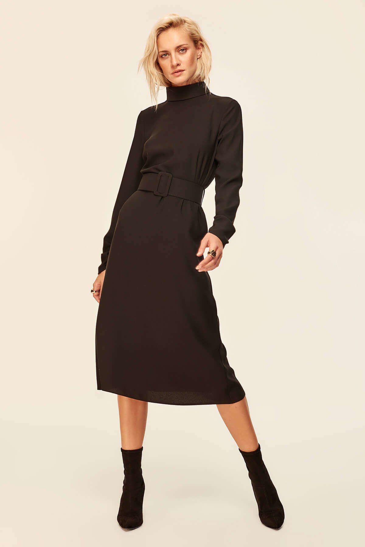 Платье Trendyol с черным поясом и воротником TOFAW19BB0439 ...